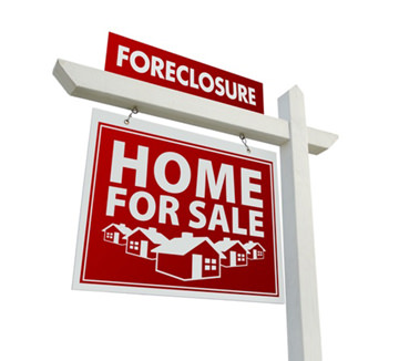 Pros and Cons of Buying a Foreclosed Home