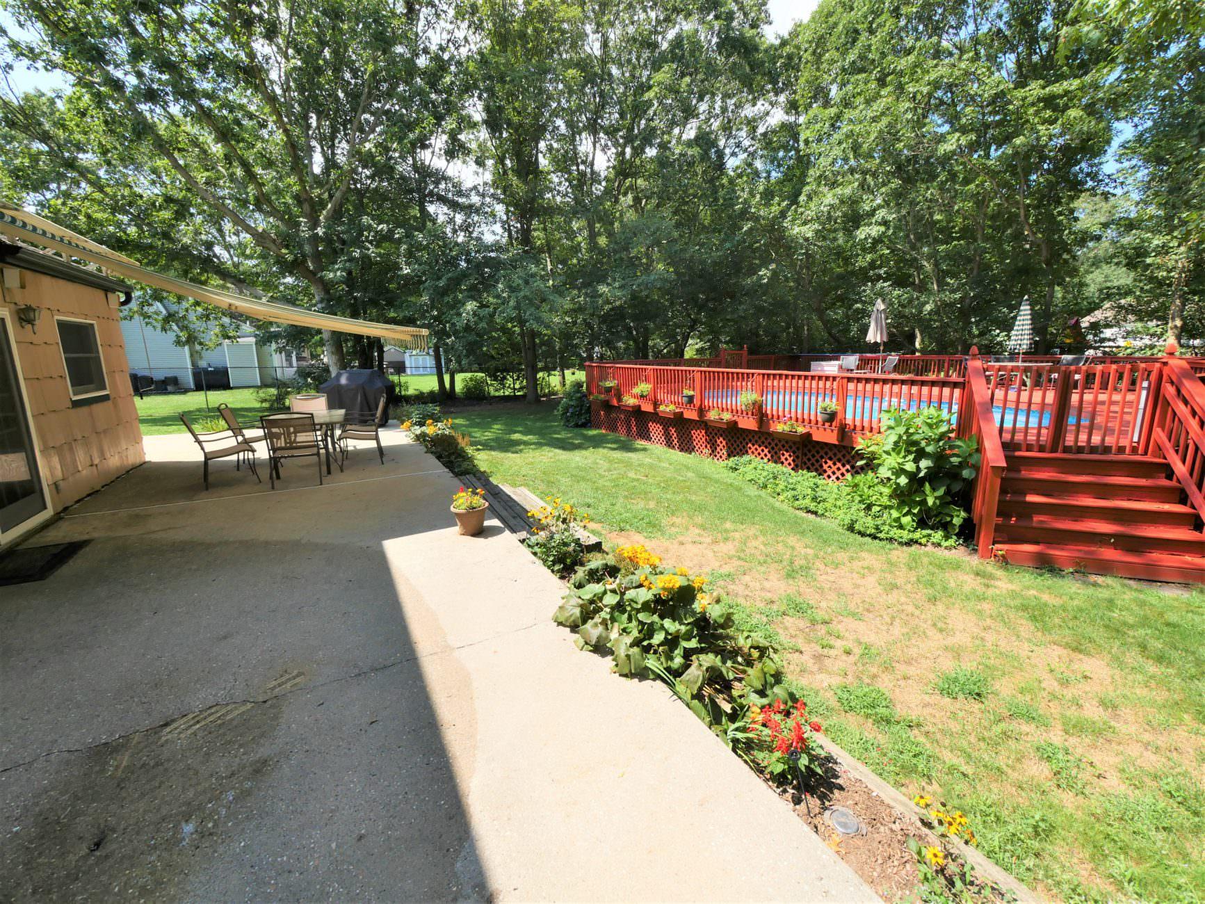 7 Plum Tree Lane. Mount Sinai, NY 11766