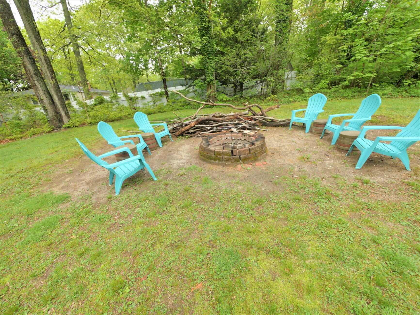 8 Old Rocky Point Road. Miller Place, NY 11764